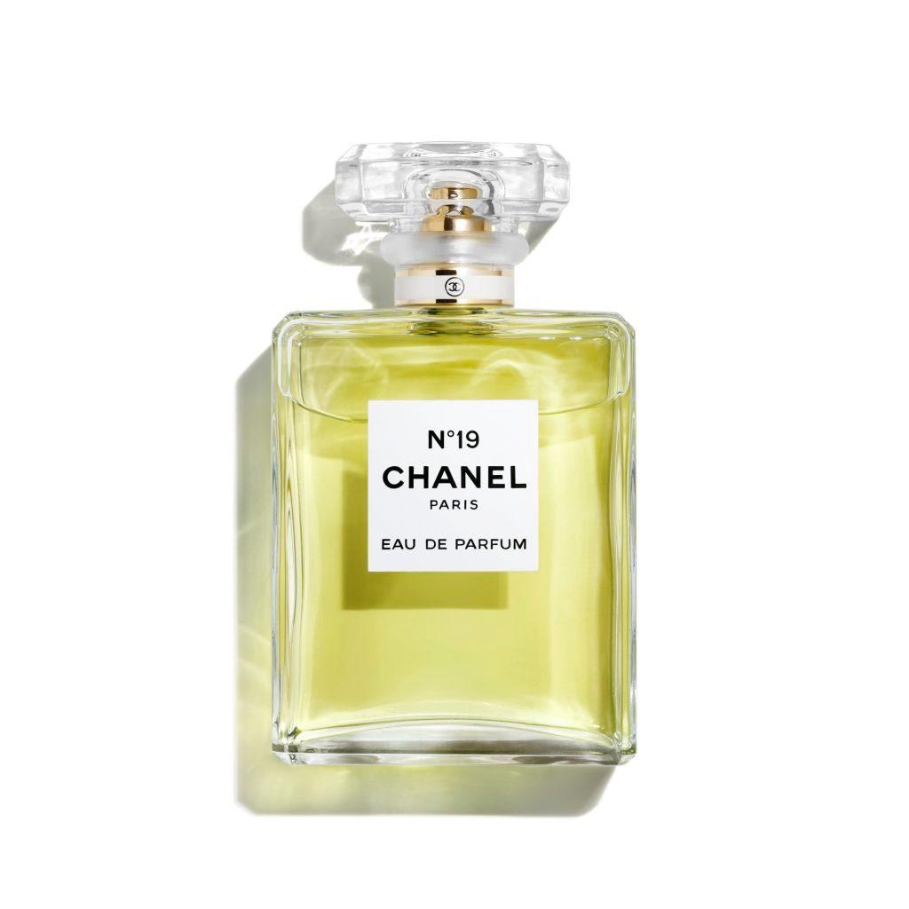 chanel_n19-1245822